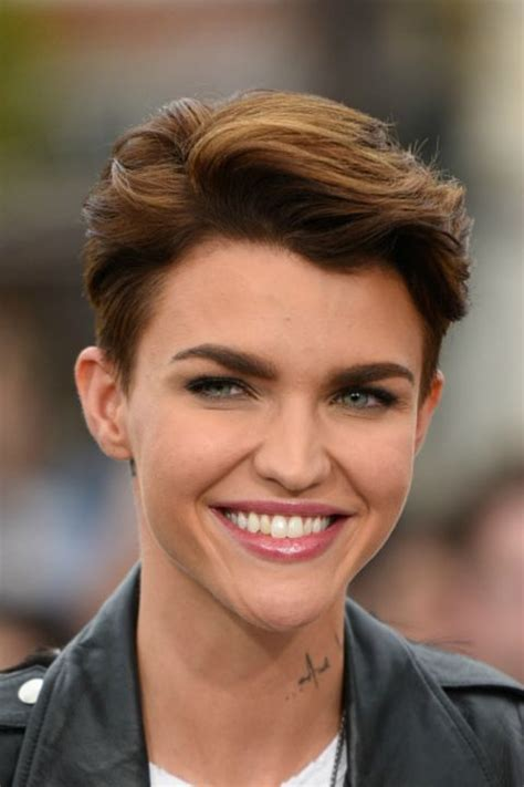 best time to cut hair for thickness in 2015 magnificent short haircuts for thick hair women s fave