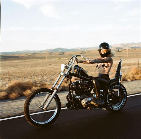 Witzige Motorrad Aufkleber by Tuesday