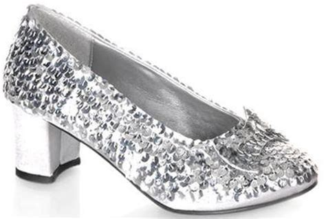 silver slippers wizard of oz in baum s original tale the shoes were silver