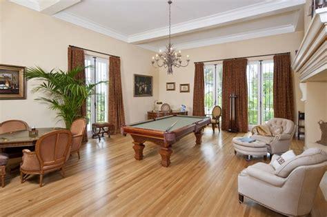 tony montana bedroom rent tony montana s scarface house for 30k per month