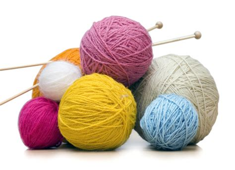 how to prepare yarn for knitting wool sheknitsandpurls