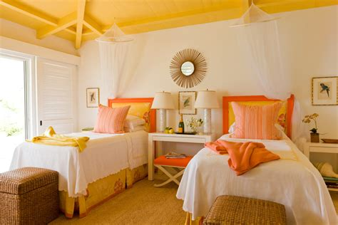 Happy Bedroom | colors that make orange and compliment its tones