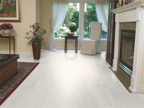 pavimenti legno laminato pavimento in laminato effetto legno lamin 832 tarkett