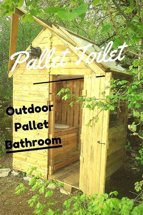 diy outdoor bathroom pallet outdoor bathroom full tutorial diy and crafts