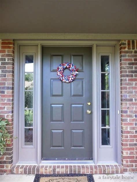 exterior paint colors to go with brick door sealskin