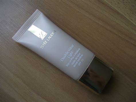 estee lauder double wear light review make me up uk beauty blog make up reviews beauty tips