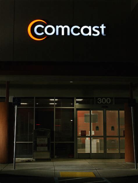 comcast review is it worth your 15 a month