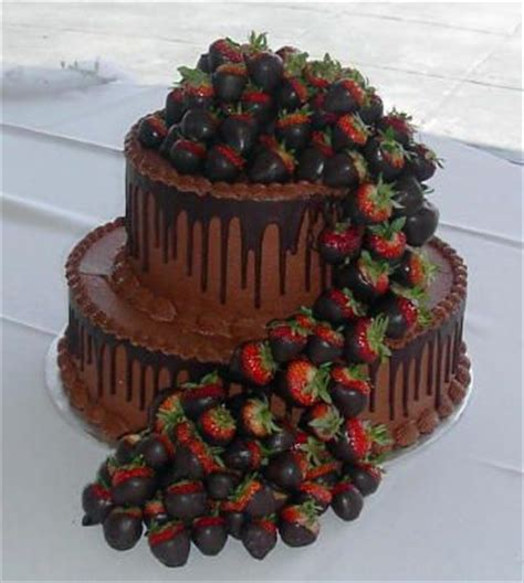 Chocolate Covered Strawberry Decorating Ideas by Milk Chocolate Groom S Cake With Chocolate Covered Strawberries Wedding Venues