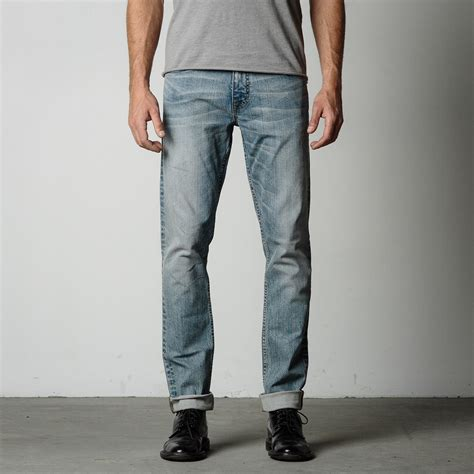 Macbeth Blue Wash Light mens slim in light wash 95 dstld