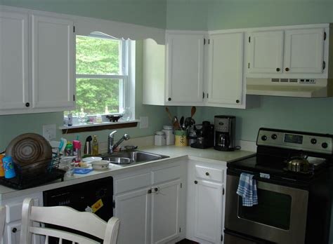 oak kitchen cabinets painted white oak cabinets painted white before and after how to paint