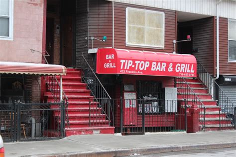 tip top bar tip top bar grill 28 images tip top deluxe bar grill 22 tips tip top bar grill