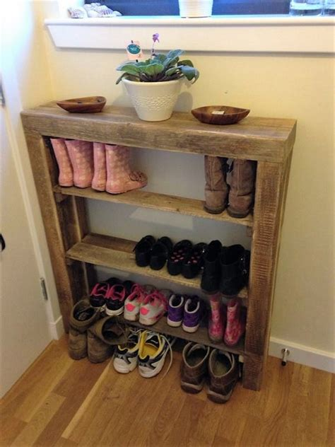Wood Shoe Rack Ideas by Unique And Diy Pallet Project Ideas Dearlinks