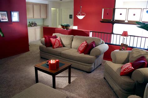 Hgtv Living Room Makeovers by Bold Family Room Makeover Hgtv