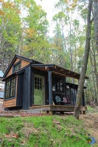Tiny Home Cabin Simple Living In Tiny Cabin With Bedroom Porch Tiny