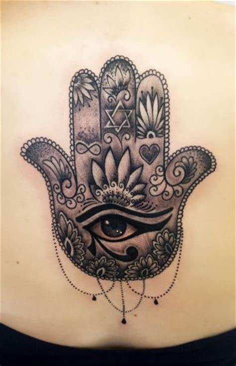 hamsa tattoo meaning up tatuagens mao de fatima pesquisa google tattos for