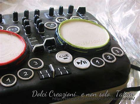 console dj torta decorata console dj cake design e pasta di zucchero