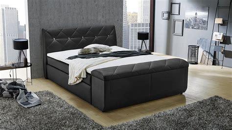 schwarze betten boxspringbett bett f 252 r schlafzimmer in schwarz