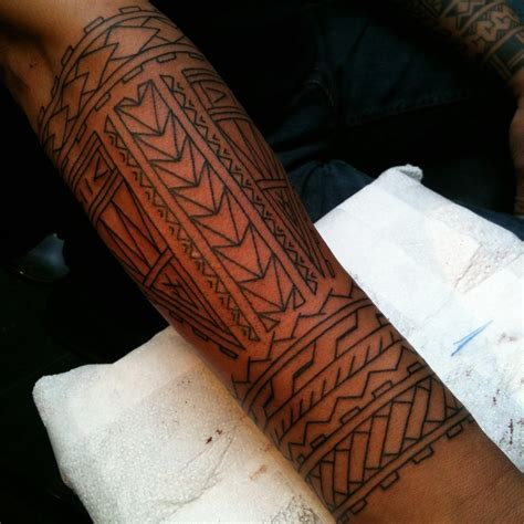 tribal hawaiian tattoos polynesian tribal tattoos