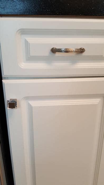 Amerock Glass Cabinet by Amerock Decorative Cabinet And Bath Hardware Bp29460cg10