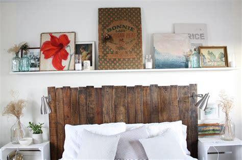 superba Idea Camera Da Letto #1: testata-letto-fai-da-te-assi-legno.jpg