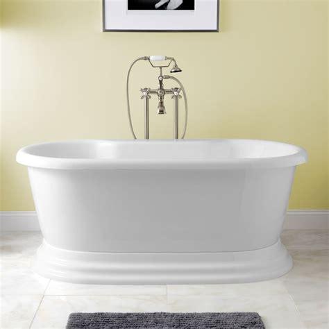 best acrylic bathtubs 25 best ideas about pedestal tub on pinterest dream