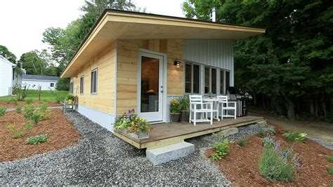 tiny house pictures tiny living 5 reasons we love the tiny house movement