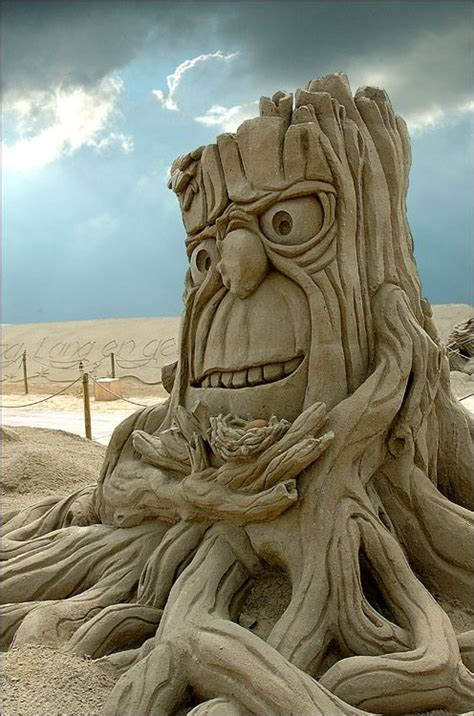 amazing sculptures indulgences and whims amazing sand sculptures