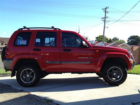 jeep models 2004 2004 jeep cherokee kj pictures information and specs