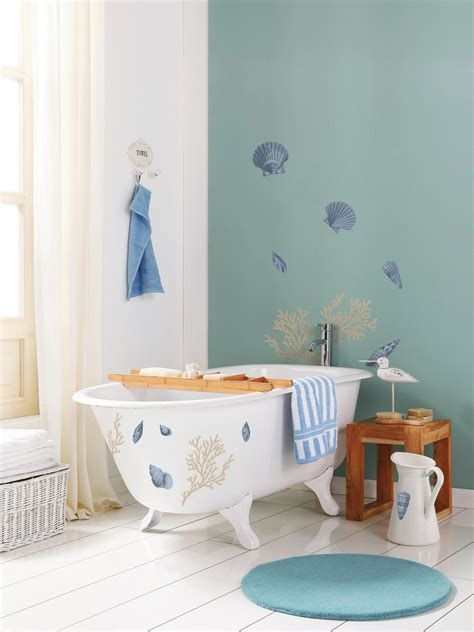 beach themed bathroom decorating ideas beach nautical themed bathrooms hgtv pictures ideas