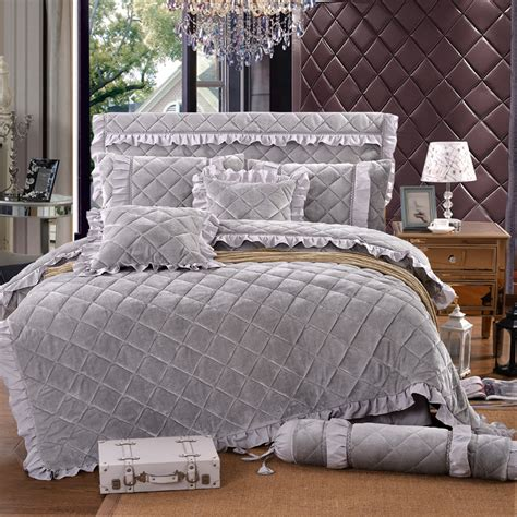warmest comforter material new arrival luxury fleece fabric red grey flouncing 4 6pcs