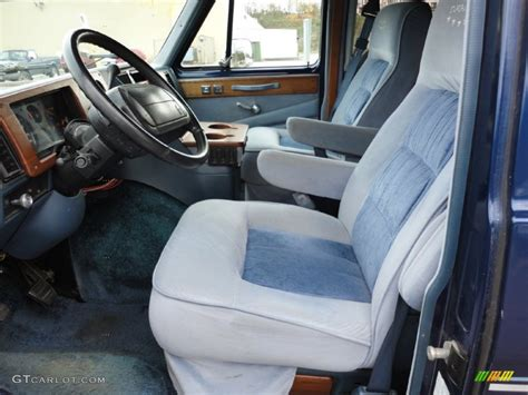 Chevy G20 Interior by 1995 Chevrolet Chevy G20 Passenger Conversion Interior