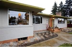mid century modern window trim painted brick ranch houzz