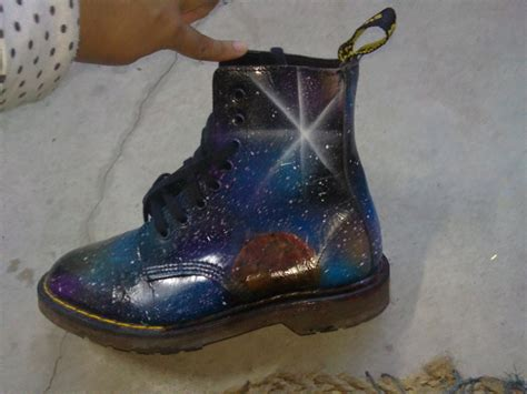 spray painting boots galaxy dr marten shoes 183 how to paint a pair of patterned