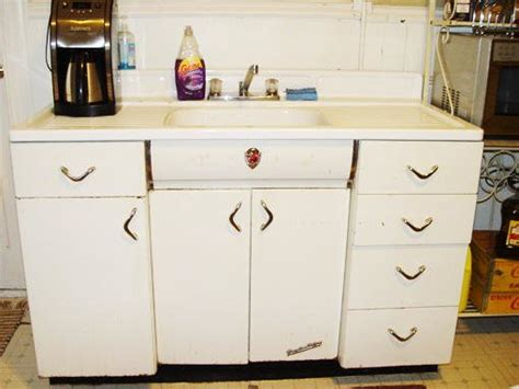 youngstown kitchen cabinets youngstown kitchen sink base forum bob vila