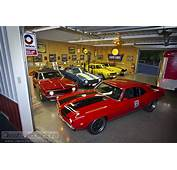 DREAM GARAGES 1969 Chevrolet Camaro Collection – Classic