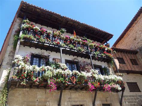 terrazzi fioriti terrazzi fioriti foto di plaza mayor de ramon y pelayo