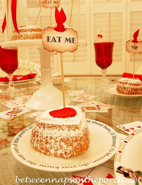37 romantic valentine table decorations valentine s day tablescape 37 romantic valentine table