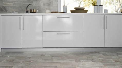 beste fliesen für küchen böden wohnzimmer bilder gr 252 n