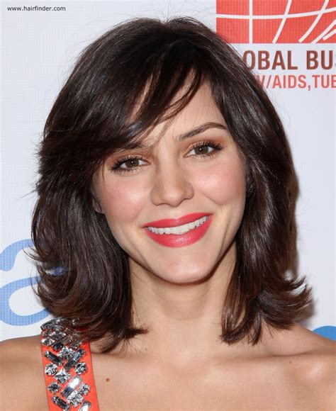 with hair katharine mcphee moderate length layered hair with side bangs