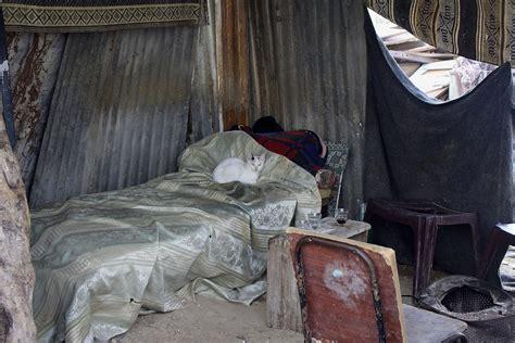 makeshift bed another winter in gaza s makeshift homes al jazeera