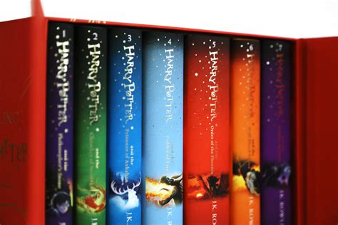 libro harry potter hardback box bloomsbury harry potter children s hardcover 7 volume boxed set hardcover harry potter book