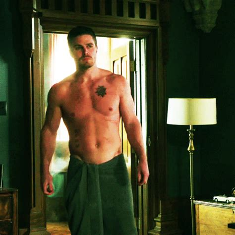totally random shirtless oliver season 1 7 1x20