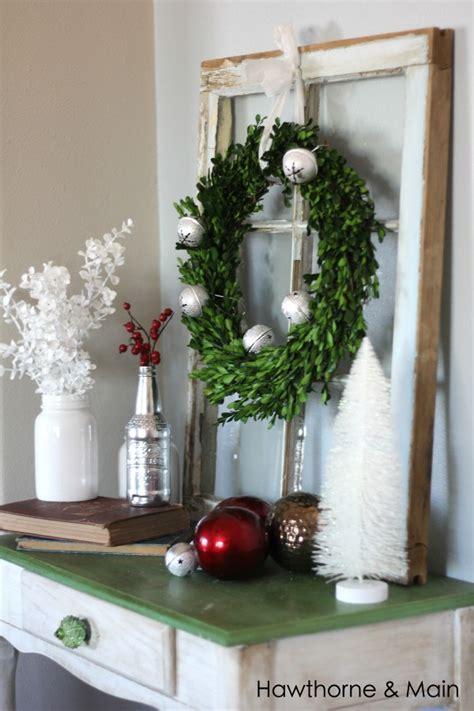 3 fail proof holiday decor ideas hawthorne main christmas christmas vignette hawthorne and main