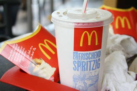essen nach hause liefern auch mcdonald s will essen nach hause liefern lassen