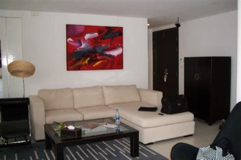 living room surround sound living room with 5 1 surround sound and large lcd picture of byd lofts boutique hotel