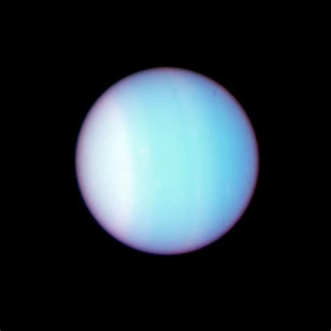 what color is uranus uranus colour composite size image esa hubble