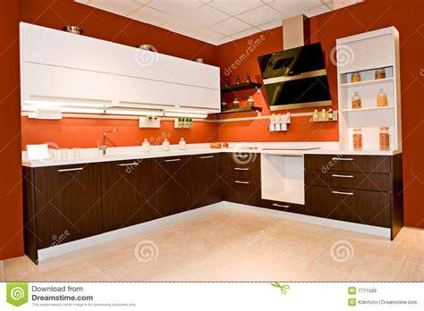 cucina moderna angolare cucina angolare moderna immagine stock immagine di casa