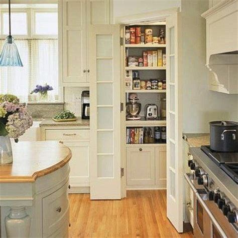 Corner Kitchen Pantry Ideas by Garde Manger En Coin Cuisine Recycling