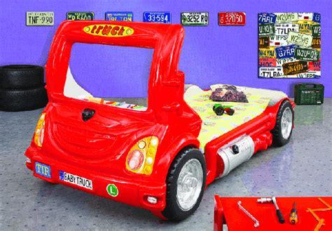 autobett feuerwehr truck bett kinderbett kinder autobett truck mit schreibtisch rot kinderbett