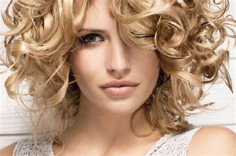 corte en cabello ondulado cortes para cabello rizado